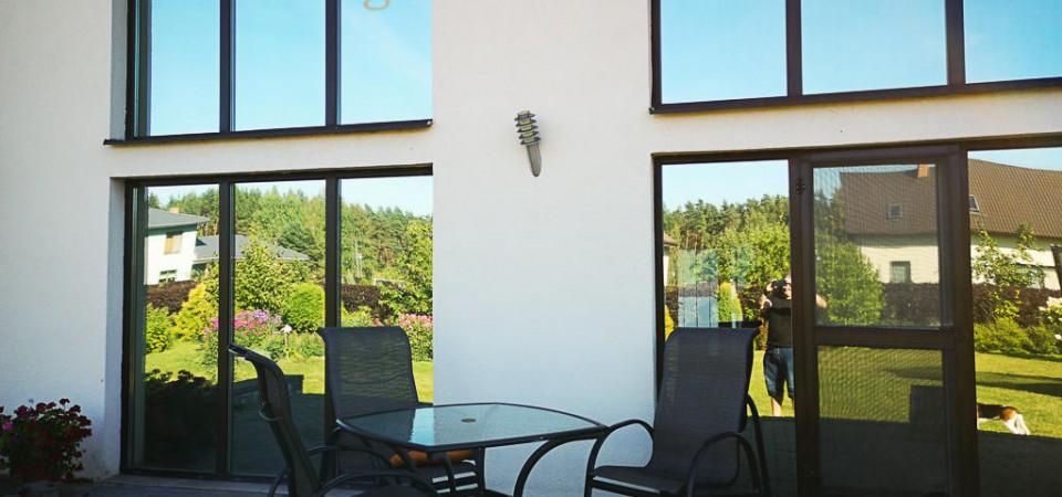 Plēves mājas logu tonēšanai